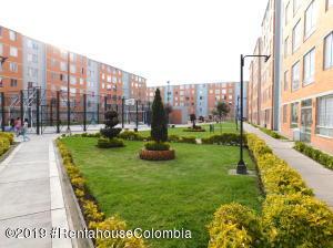 Apartamento En Ventaen Soacha, Ciudad Verde, Colombia, CO RAH: 19-1050