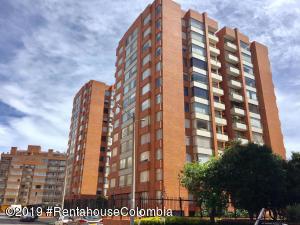 Apartamento En Ventaen Bogota, Colina Campestre, Colombia, CO RAH: 19-767