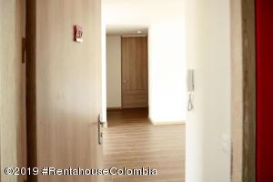 Apartamento En Ventaen Bogota, Santa Barbara Central, Colombia, CO RAH: 19-1073