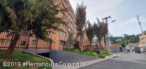 Apartamento En Arriendoen Bogota, Suba Salitre, Colombia, CO RAH: 19-1102