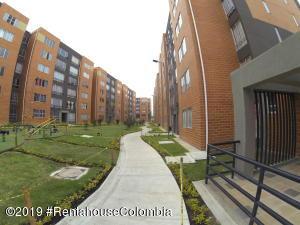 Apartamento En Ventaen Soacha, Ciudad Verde, Colombia, CO RAH: 19-1114