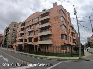 Apartamento En Ventaen Bogota, Santa Bárbara, Colombia, CO RAH: 19-1127