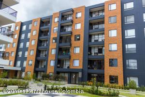 Apartamento En Ventaen Cajica, Vereda Calahorra, Colombia, CO RAH: 19-1129