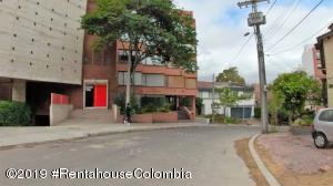 Apartamento En Ventaen Bogota, Los Rosales, Colombia, CO RAH: 19-1144