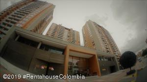 Apartamento En Ventaen Bogota, Colina Campestre, Colombia, CO RAH: 19-1149