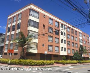Apartamento En Ventaen Bogota, Granada Norte, Colombia, CO RAH: 19-1154
