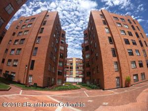Apartamento En Ventaen Bogota, Cedritos, Colombia, CO RAH: 19-1161