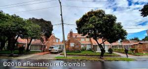 Casa En Arriendoen Bogota, Cedro Narvaez, Colombia, CO RAH: 19-1186