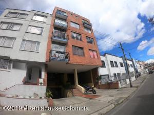 Apartamento En Ventaen Bogota, San Luis, Colombia, CO RAH: 19-1196