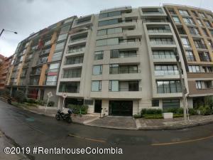 Apartamento En Ventaen Bogota, Antiguo Country, Colombia, CO RAH: 19-1213