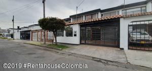 Casa En Ventaen Bogota, Las Villas, Colombia, CO RAH: 19-1219