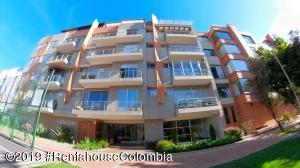 Apartamento En Ventaen Bogota, Santa Bárbara, Colombia, CO RAH: 19-1223