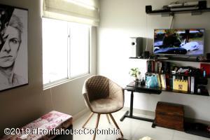 Apartamento En Ventaen Bogota, San Joaquin, Colombia, CO RAH: 19-1224