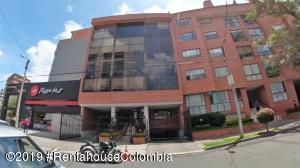 Oficina En Arriendoen Bogota, Santa Bárbara, Colombia, CO RAH: 19-1228