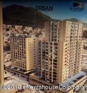 Apartamento En Ventaen Bogota, San Martin, Colombia, CO RAH: 19-1236