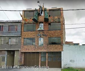 Edificio En Ventaen Bogota, Prado Veraniego, Colombia, CO RAH: 19-1239