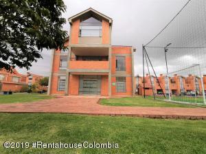 Casa En Ventaen Mosquera, Panorama Del Campo, Colombia, CO RAH: 19-1244