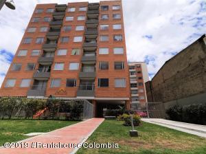 Apartamento En Ventaen Bogota, San Antonio Noroccidental, Colombia, CO RAH: 19-1252