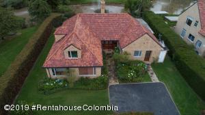 Casa En Ventaen Chia, Santa Ana Chia, Colombia, CO RAH: 19-813