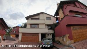 Casa En Ventaen Bogota, Club Los Lagartos, Colombia, CO RAH: 19-1258