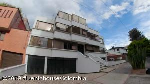 Apartamento En Ventaen Bogota, Santa Barbara Occidental, Colombia, CO RAH: 19-1259