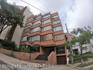 Apartamento En Ventaen Bogota, Los Rosales, Colombia, CO RAH: 19-1130