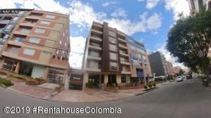 Apartamento En Ventaen Bogota, Santa Bárbara, Colombia, CO RAH: 19-1296