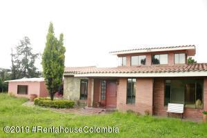 Casa En Ventaen Chia, Vereda Bojaca, Colombia, CO RAH: 19-1326