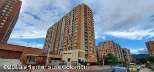 Apartamento En Arriendoen Bogota, Colina Campestre, Colombia, CO RAH: 19-1327