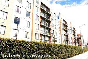 Apartamento En Ventaen Chia, Vereda Bojaca, Colombia, CO RAH: 19-1328