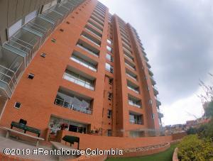Apartamento En Ventaen Bogota, Chapinero Alto, Colombia, CO RAH: 19-1332