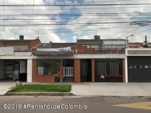 Casa En Ventaen Bogota, Modelia, Colombia, CO RAH: 19-1343