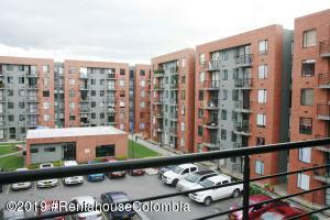 Apartamento En Ventaen Chia, Vereda Bojaca, Colombia, CO RAH: 19-1354