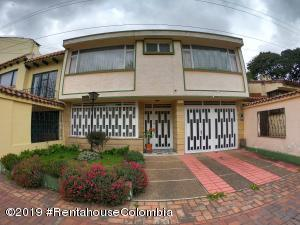 Casa En Ventaen Bogota, Alhambra, Colombia, CO RAH: 19-1356