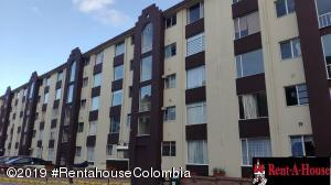 Apartamento En Ventaen Bogota, Santa Helena, Colombia, CO RAH: 19-1366