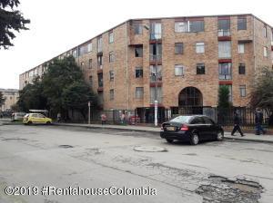 Apartamento En Ventaen Bogota, Suba Urbano, Colombia, CO RAH: 20-9