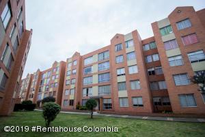 Apartamento En Ventaen Cajica, La Estacion, Colombia, CO RAH: 20-33