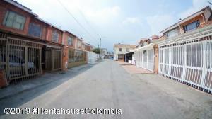 Casa En Ventaen Chia, Sabana Centro, Colombia, CO RAH: 20-89