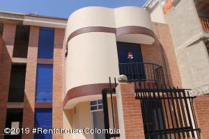 Casa En Ventaen Cajica, La Palma, Colombia, CO RAH: 20-93