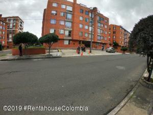 Apartamento En Ventaen Bogota, Cedritos, Colombia, CO RAH: 20-106