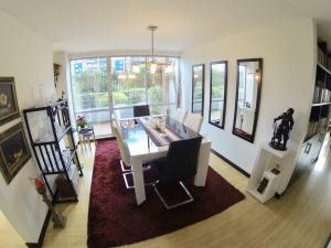 Apartamento En Ventaen Bogota, Cedritos, Colombia, CO RAH: 20-113