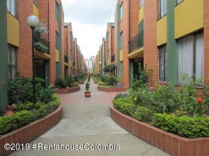 Casa En Ventaen Bogota, Villa Claudia, Colombia, CO RAH: 20-216
