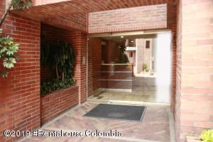Apartamento En Arriendoen Bogota, Emaus, Colombia, CO RAH: 20-241