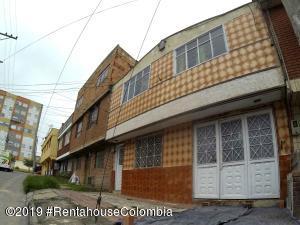 Casa En Ventaen Bogota, La Campiña, Colombia, CO RAH: 20-258
