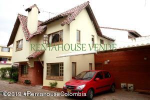 Casa En Ventaen Chia, Sabana Centro, Colombia, CO RAH: 20-260