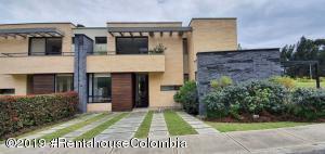 Casa En Ventaen Cajica, Capellania, Colombia, CO RAH: 20-279