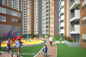 Apartamento En Ventaen Bogota, Colina Campestre, Colombia, CO RAH: 20-210