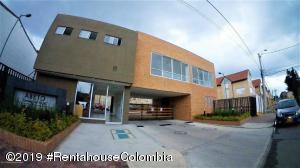 Apartamento En Ventaen Chia, Camino La Floresta, Colombia, CO RAH: 20-373