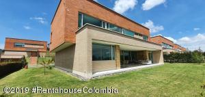Casa En Ventaen Envigado, Alto De Las Palmas, Colombia, CO RAH: 20-298
