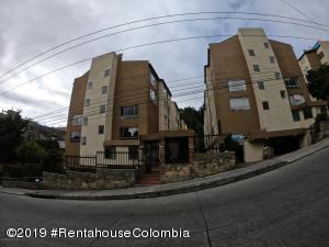 Apartamento En Ventaen Bogota, Altos De Bella Suiza, Colombia, CO RAH: 20-306